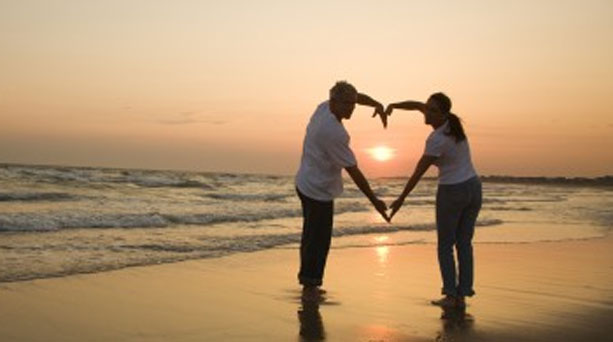 http://www.astroslive.gr/wp-content/uploads/2012/02/lovecouple_907075895.jpg